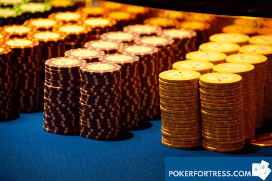 penggaruk poker kasino